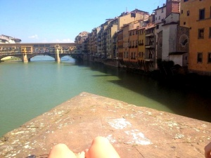 Hanging out above the Arno
